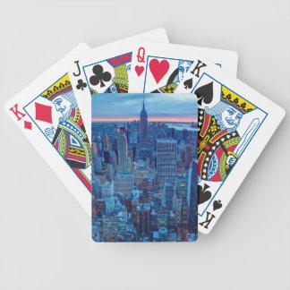 Les gratte-ciel de Manhattan sont allumés Jeu De Poker