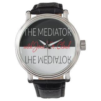 Les hommes de base de montre de médiateur