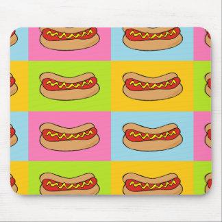 les hot-dogs ont couvert de tuiles la conception tapis de souris