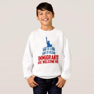 Les immigrés font bon accueil au sweatshirt du