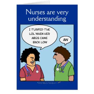Les infirmières drôles de bande dessinée comprenne carte de vœux