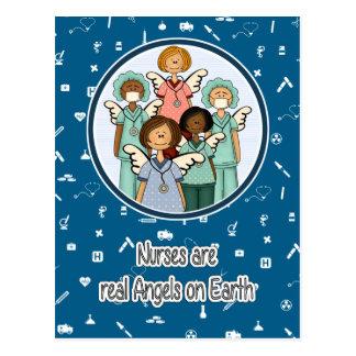 Les infirmières sont de vrais anges sur des cartes