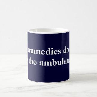 Les infirmiers le font mug
