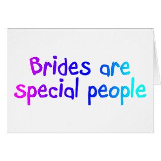 Les jeunes mariées sont les personnes spéciales cartes de vœux