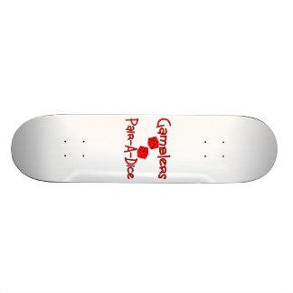 Les joueurs appareillent une matrice plateaux de skateboards