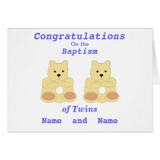 Les jumeaux de baptême de félicitations ajoutent carte