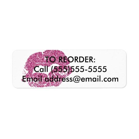 Les lèvres roses de scintillement commandent à étiquette d'adresse retour