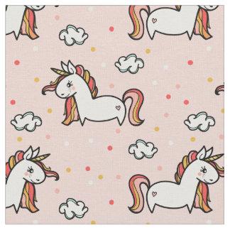 Les licornes et les confettis rougissent motif tissu
