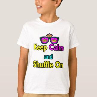 Les lunettes de soleil de couronne de hippie t-shirt