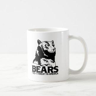 les machines athée de massacre d'ours câlinent le mug blanc