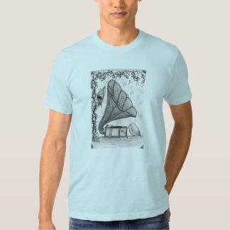 """Les """"machines de musique sont pour les oiseaux """" t-shirts"""