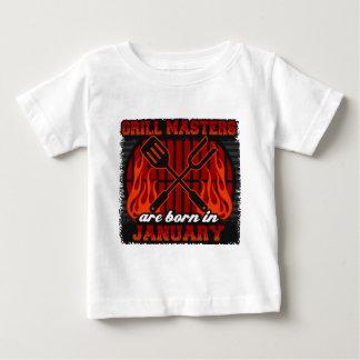 Les maîtres de gril sont nés en janvier t-shirt pour bébé