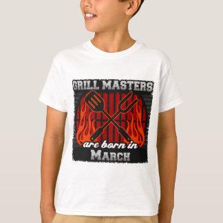 Les maîtres de gril sont nés en mars t-shirt
