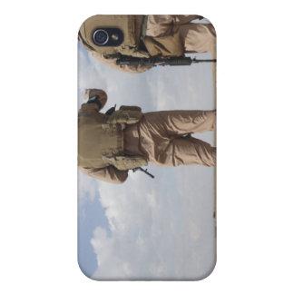 Les marines balayent l'horizon pour l'activité iPhone 4 case