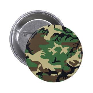 Les militaires camouflent le bouton pin's