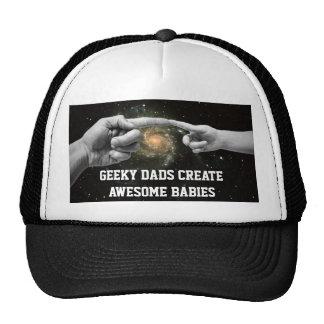 les papas geeky créent le casquette drôle