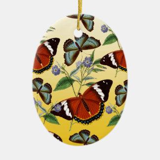 les papillons mélangent le jaune ornement ovale en céramique