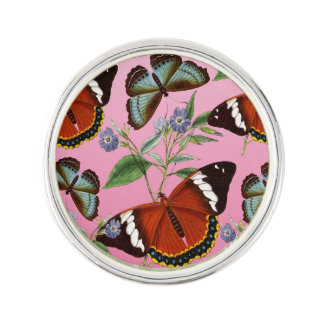 les papillons mélangent le rose pin's