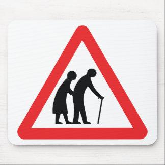 Les personnes âgées de PRÉCAUTION - poteau de Tapis De Souris
