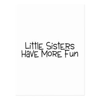 Les petites soeurs ont plus d'amusement carte postale