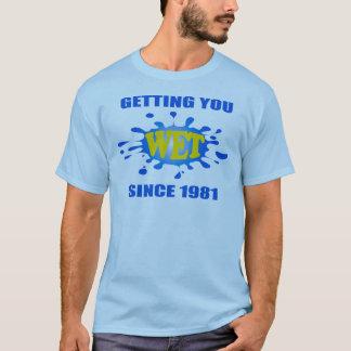 Les produits de piranha vous obtenant ont mouillé t-shirt