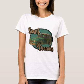 les rêves de surf laisse aller surfin dans un t-shirt