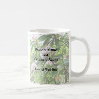 Les rhododendrons sont dans des produits de mug