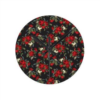 Les roses rouges et l'art d'horloge murale de horloge ronde