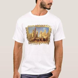 Les ruines du palais de Karnak chez Thebes T-shirt