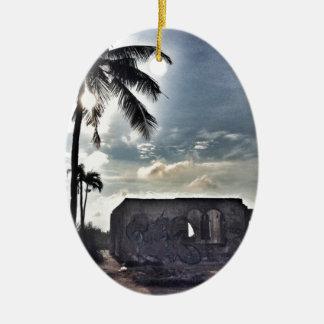Les ruines en île de Bantayan Ornement Ovale En Céramique