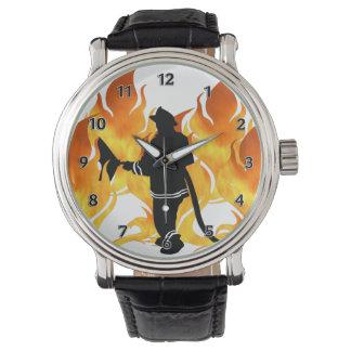 Les sapeurs-pompiers sentent la chaleur montres bracelet