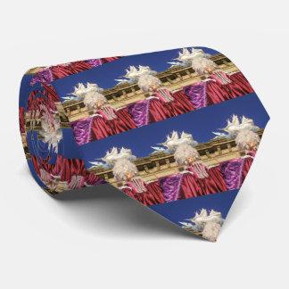 Les schémas 01,1 de théâtre cravate