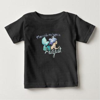 Les sirènes sont nées en août t-shirt pour bébé