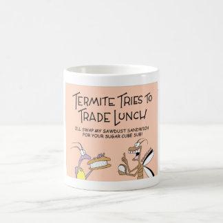 Les termites commercent le déjeuner mug