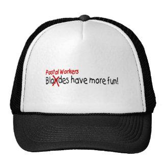Les travailleurs postaux ont plus d'amusement casquette