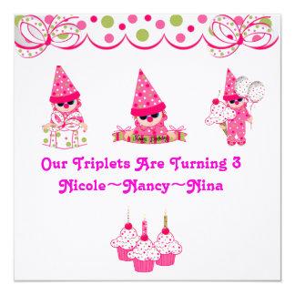 Les triplets tournent trois invitations