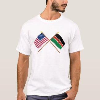 Les USA et drapeaux croisés par Kenya T-shirt