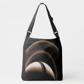 L'espace met en sac Saturn