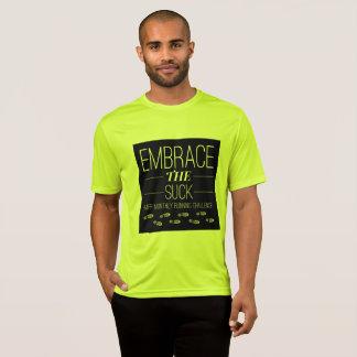 L'étreinte des hommes le T-shirt courant Suck