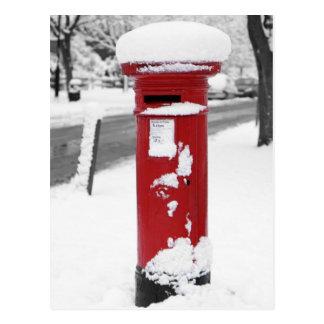 Letterbox dans la neige carte postale