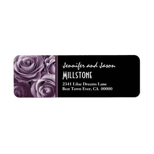 Lettrage moderne de roses pourpres de lavande étiquette d'adresse retour