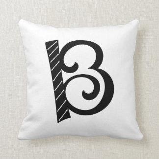 Lettre de B, coussin initial