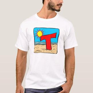 Lettre T d'idées de mariage de plage T-shirt