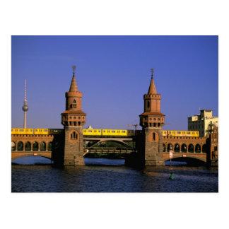 L'Europe, Allemagne, Berlin. Kreuzberg, Oberbaum Cartes Postales