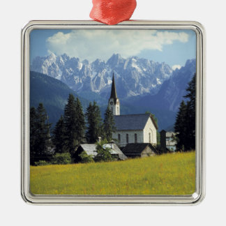 L'Europe, Autriche, Gosau. La flèche de l'église Ornement Carré Argenté