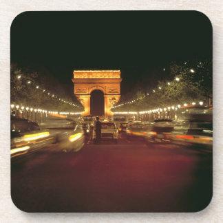 L'Europe, France, Paris. Précipitations du trafic  Dessous-de-verre