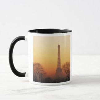L'Europe, France, Paris. Tour Eiffel (milieu Mug