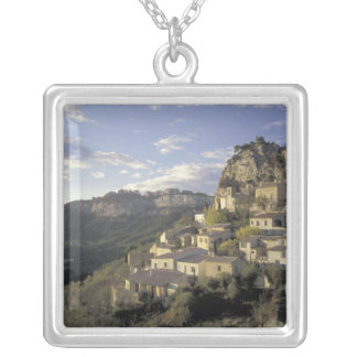 L'Europe, France, Provence, La Roque Alric, Pendentif Carré
