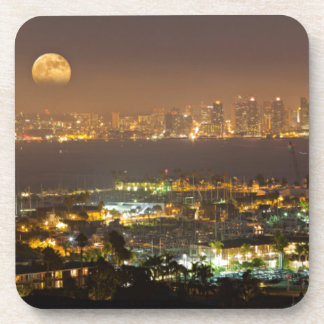 Lever de la lune au-dessus de l'horizon de San Sous-bock