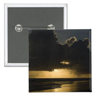 Lever de soleil au-dessus de l'Océan Indien, Vilan Badges